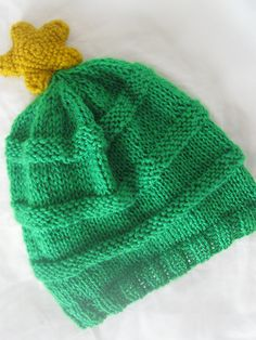 Crafts by Sinjah: Christmas Tree Beanie: the pattern!