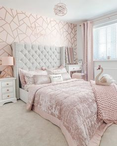 This is totally my favourite room in the house and it's my daughters 😫 not fair! Bedroom Decor For Teen Girls, Cute Bedroom Ideas, Girl Bedroom Designs, Room Ideas Bedroom, Teen Room Decor, Small Room Bedroom, Bedroom Wall, Teen Wall Designs, Master Bedroom