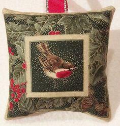 Robin Christmas Gift / Robin Fabric Lavender Bag / Christmas Robin Handmade