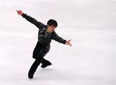 Tatsuki Machida Photos - Japan Figure Skating Championships - Day 2 - Zimbio