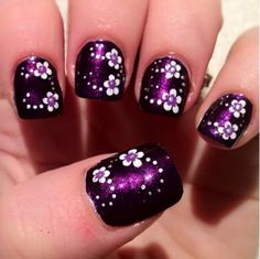 16 Fabulous Purple Nail Designs to Try - Nagelkunst Video Nail Art Designs, Purple Nail Designs, Flower Nail Designs, Flower Nail Art, Nail Polish Designs, Nails Design, Nail Art Violet, Purple Nail Art, Do It Yourself Nails