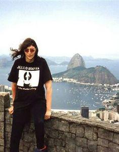 Ramones - Joey no Brasil 3 Joey Ramone, Ramones, Punk Rock, Beatles, Hey Ho Lets Go, Gabba Gabba, Iggy Pop, Alternative Music, The Clash