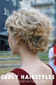 Trendy hairstyles curly prom natural curls 64 Ideas - All For New Hairstyles Curly Prom Hair, Prom Hair Updo, Curly Girl, Curly Hair Styles, Natural Hair Styles, Curly Bun, Hair Ponytail, Down Hairstyles, Trendy Hairstyles