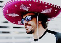 fernando alonso in oakley sunglasses at mexico gp