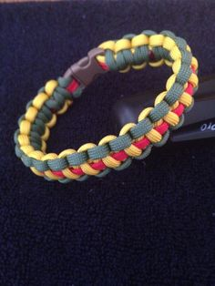 Paracord Bracelet, Vietnam Ribbon Pattern, Hand Made