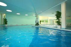 Thermae Abano Montegrotto -www.visitabanomontegrotto.com - Hotel Terme Savoia - Piscina Termale, thermal swimming pool, thermalbad, hot springs, горячие источники, термы, relax, spa & wellness!