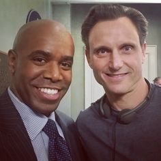 acedogg69 Guess who's back on #SCANDAL tonight!! Tonight's episode ( 409) was directed by none other than the current hottest Hollywood POTUS. Ladies and gentlemen (mostly ladies) I give you the one, the only, Mr. #TonyGoldwyn... @leslykahn  @trishalafacheacedogg69's photo on Instagram