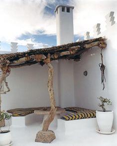 Dar Beida — Castles in the Sand - Boutique luxury holiday villas to rent in Essaouira, Morocco. Outdoor Rooms, Outdoor Gardens, Outdoor Living, Indoor Outdoor, Outdoor Fire, Outdoor Seating, Rooftop Terrace Design, Terrace Ideas, Patio Ideas