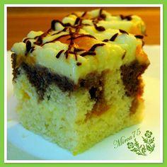 Suroviny na těsto smícháme, nalejeme do vymazaného a vysypaného plechu, upečemě při 180 stupních.  Šlehačku, ztužovač, puding dáme do... Cheesecake, Muffin, Pie, Breakfast, Food, Torte, Morning Coffee, Cake, Cheesecakes