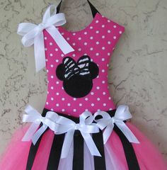Minnie Mouse Hair Bow Holder Tutu Pink and Black by Mimisartistree  *LOVE*