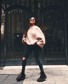 new ideas for boots winter fashion street styles Mode Outfits, Sport Outfits, Trendy Outfits, Fashion Outfits, Fashion Boots, Fashion Ideas, Fashion Styles, Hipster Girl Outfits, Sporty Chic Outfits