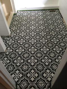 painted tile floor / painted tile floor bathroom / painted tile floor diy / kitchen / to get / befor Painting Ceramic Tile Floor, Stenciled Tile Floor, Tile Floor Diy, Painting Tile Floors, Bathroom Floor Tiles, Diy Painting, Paint Tiles, Painted Bathroom Floors, Painted Floors