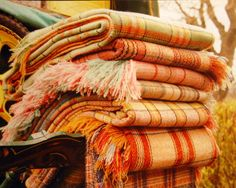 vintage welsh blankets - these just scream autumnal pleasures!!!