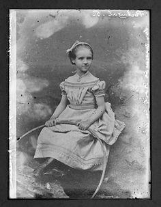 [D.+Amélia+cerca+de+1872.jpg]