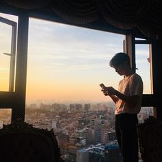 130 images about ;–❨ulzzang❩✨ on We Heart It Couple Ulzzang, Korean Boys Ulzzang, Cute Korean Boys, Ulzzang Boy, Korean Men, Asian Boys, Cute Boys, Korean Aesthetic, Aesthetic Boy