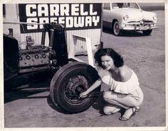 Carrell Speedway Gardena, CA c. Vintage Pin Ups, Vintage Cars, Vintage Photos, Antique Cars, Vintage Auto, Vintage Ladies, Hot Rods, Ford Fox, Daddy