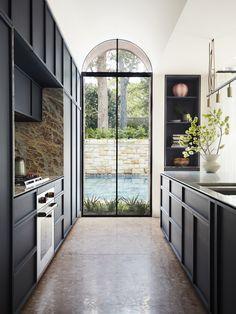 Residential Architecture, Interior Architecture, Interior Design, Luigi, Schematic Design, Cocinas Kitchen, Victorian Style Homes, Arched Windows, House Windows