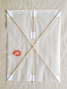 How to Make the World's Best Handmade Kite ⋆ Handmade Charlotte How to make a Japanese Kite: Step 3 Diy Projects For Kids, Diy For Kids, Crafts For Kids, Art Projects, Kite Building, Chinese Kites, Dragon Kite, Paper Origami Flowers, Kites Craft