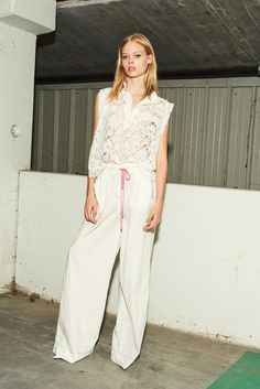 nude, lace top, fluid pants with contrasting details