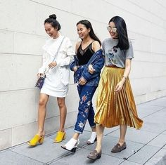 Discover the latest in women's fashion and new season trends at Topshop. Shop must-have dresses, coats, shoes and more. Topshop Style, Topshop Outfit, Pleated Skirt, Midi Skirt, Tulle Skirts, Floral Jeans, Metallic Skirt, Fashion Gallery, Fashion 2016