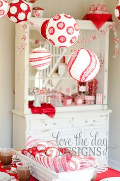 Peppermint Christmas Decor #peppermint #christmas
