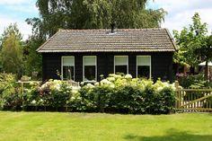 SLAPEN OP NR.1, HET HOUTEN HUISJE OP DE VELUWE : bijzonder B&B in een houten huisje aan de rand van de Veluwe, landelijke inrichting, geweldige gastvrouw! | Heerde (GLD)