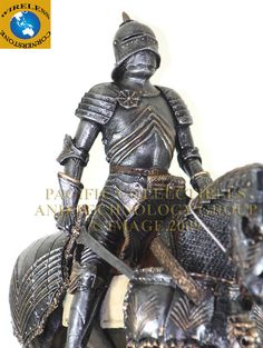 MEDIEVAL KNIGHT ON HORSE CALVARY ROYAL GUARD STATUE LARGE FIGURINE SUIT OF ARMOR | eBay