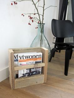 Lectuurbak / krantenbak van steigerhout 'Lex' | Te koop bij w00tdesign by w00tdesign | Meubels van steigerhout, via Flickr