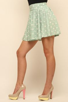 I have fabric in this same color/polka dots... was looking for a cute skirt to make
