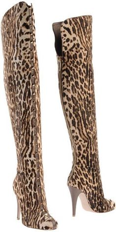 Valentino Beige Boots (BB)# v Very Valentino, Valentino Boots, Valentino Garavani, Valentino Couture, Leopard Fashion, Animal Print Fashion, Animal Prints, Leopard Prints, Fashion Mode