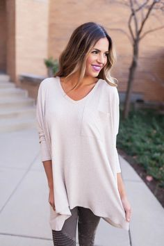 Ribbed V Neck Pocket Top- Oatmeal - Dottie Couture Boutique