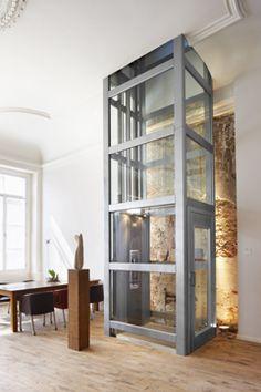 1000 images about ascenseurs privatifs thyssenkrupp for Ascenseur maison particulier