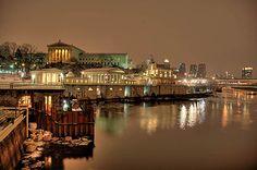 Philadelphia art museum@ night Philly Art Museum, Philadelphia, Mansions, Country, Night, House Styles, City, Travel, Viajes