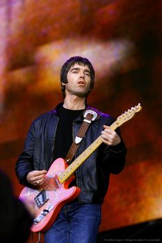 Noel Gallagher stories can be read at http://britpopnews.com #oasis