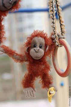 Игрушки животные, ручной работы. Ярмарка Мастеров - ручная работа. Купить Орангутанг. Handmade. Рыжий, Вязание крючком, холлофайбер