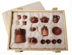 Quality in Miniature - a profile of Stokesay Ware by Linda Willis - Dolls'…