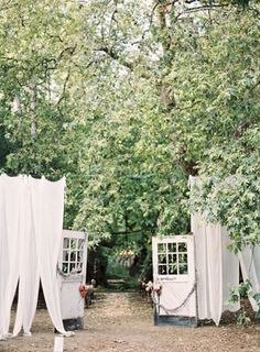 Bloggers say I do   Chic Vintage Brides – Amy Elsworth  See more on Love4Wed  http://www.love4wed.com/bloggers-say-i-do-amy-elsworth/