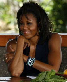 HAPPY BIRTHDAY TO OUR FIRST LADY #MICHELLEOBAMA...SHE TURNS 52 TODAY.