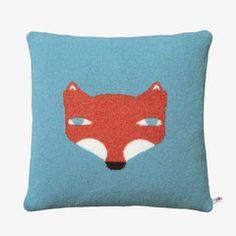 Fox Cushion Blue van Donna Wilson