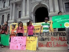 Immigrant-rights group seeks end to police, ICE collaboration
