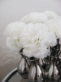 Fake white gillyflowers on my bedroom sidetable Bedroom, Home Decor, Decoration Home, Room Decor, Bedrooms, Home Interior Design, Dorm Room, Home Decoration, Dorm