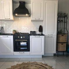 Kitchen Cabinets, Kitchen Appliances, Modern, Home Decor, Makeup, Instagram, Living Room, Diy Kitchen Appliances, Make Up