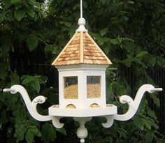 """Wingdale Hanging Feeder (White) (16""""H x 18""""W x 16""""D)"""