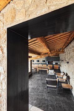 Reabilitação de um conjunto de casas em La Cerdanya / dom - arquitectura