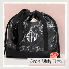 The Glow Up Collection by Thirty-One Gifts features never-before-seen styles that are on-trend, inspirational, and so right now. Available for a limited time - visit Shop.BagItUpLisa.com. #BagItUpLisa #ThirtyOneBags #CinchUtilityTote #31Gifts Thirty One Catalog, Thirty One Bags, Thirty One Gifts, The Glow Up, 31 Gifts, Utility Tote, Gym Bag, Inspirational, Shop