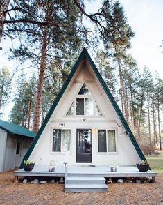 The Alberta-600 small home pla |