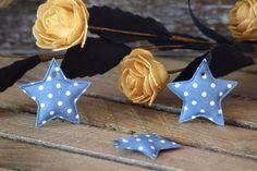 Υφασμάτινο Αστέρι 50τεμ Πουά Μπλε Ρουά 4cm UST4-1310-5  Υφασμάτινο αστέρι σε σχέδιο πουά μπλε ρουά.Συνδυάζονται με μεγάλη ποικιλία χρωμάτων και υλικών, για να σας δώσουν πρωτότυπες ιδέες και έμπνευση ώστε να δημιουργήσετε εύκολα και απλά δεκάδες διαφορετικά προϊόντα, όπως πασχαλινές λαμπάδες, μπομπονιέρες, κουτιά βάπτισης, λαδοσέτ κ.α.Διαστάσεις: 4cmΔιατίθενται σε συσκευασία 50 τεμαχίων. Bikinis, Swimwear, Fashion, Bebe, Moda, Fashion Styles, Bikini Swimsuit, Swimsuit, Summer Bikinis