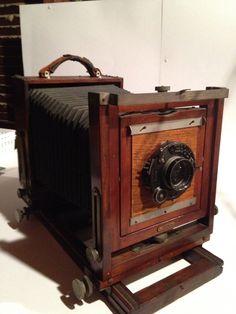 1800s Wooden Korona Field Camera.