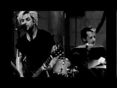 """Green Day: """"Let Yourself Go"""" - [Official Live Video]"""