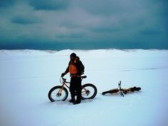 My friend, Jungle Joe Deja, fat tire bike riding in the snow! Who does this?